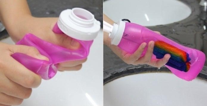 シリコンボトルを洗う