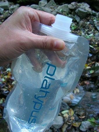 プラティパスに水を補給する