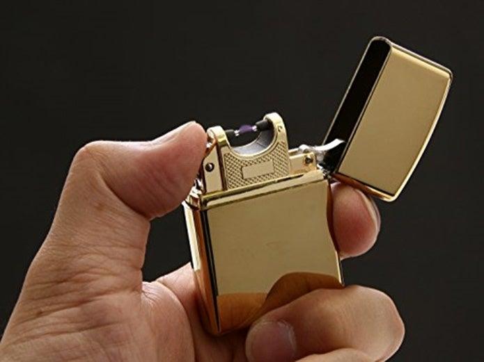 金色の電子ライター