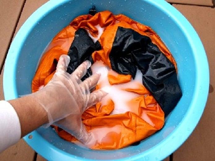 コロンビアのレインウェア洗濯中