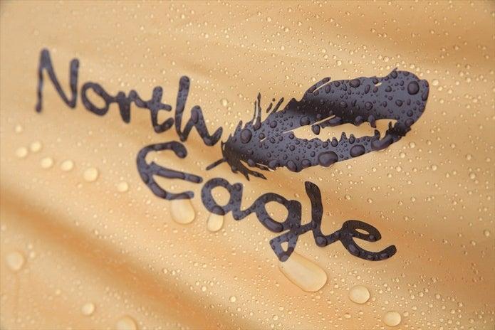 ノースイーグルのテントのロゴ