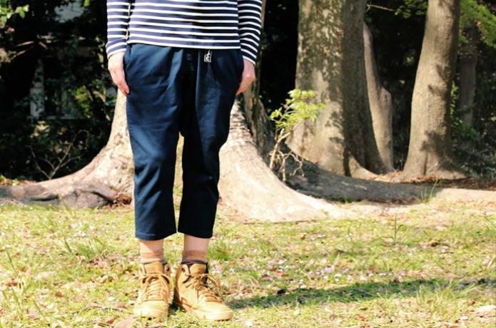 マナスタッシュのパンツ、着用の画像