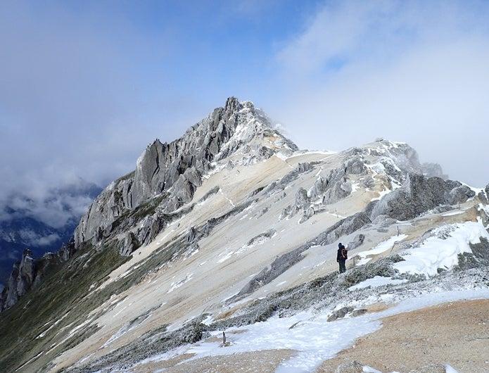 初冬の燕岳