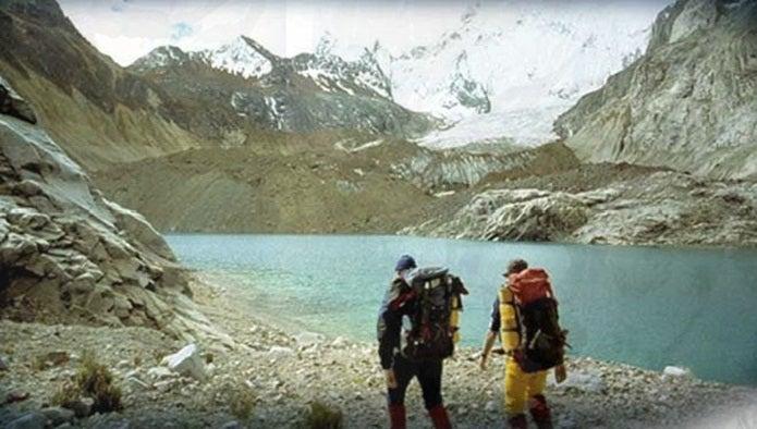 シウラグランデ峰を見つめる2人