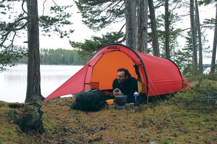 リップストップ生地の使われたテント