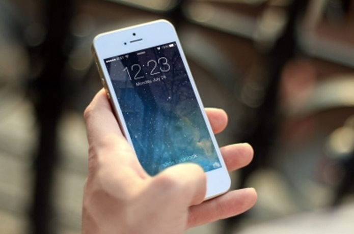 大容量モバイルバッテリーiPhone7の場合