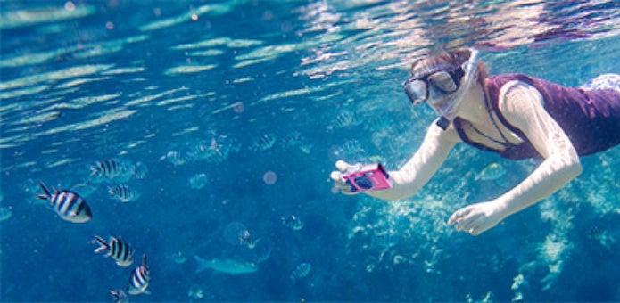 オリンパスの防水カメラを海で使う