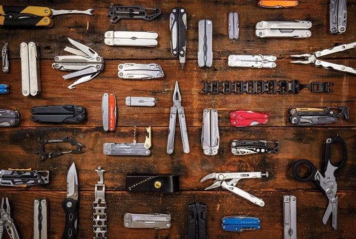レザーマンの色々な製品が並ぶ
