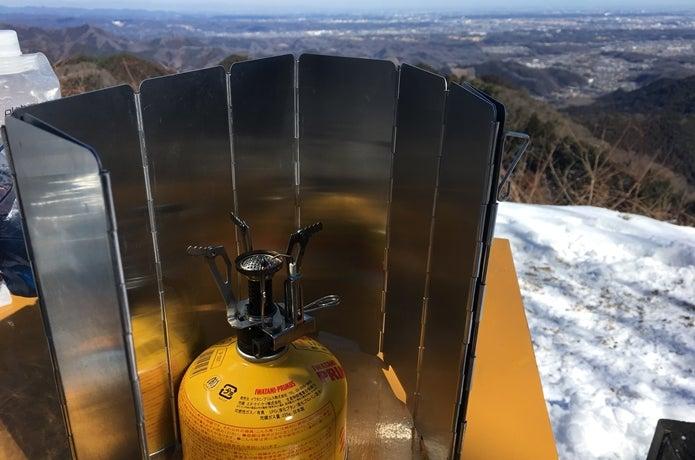 雪山でバーナーを使う