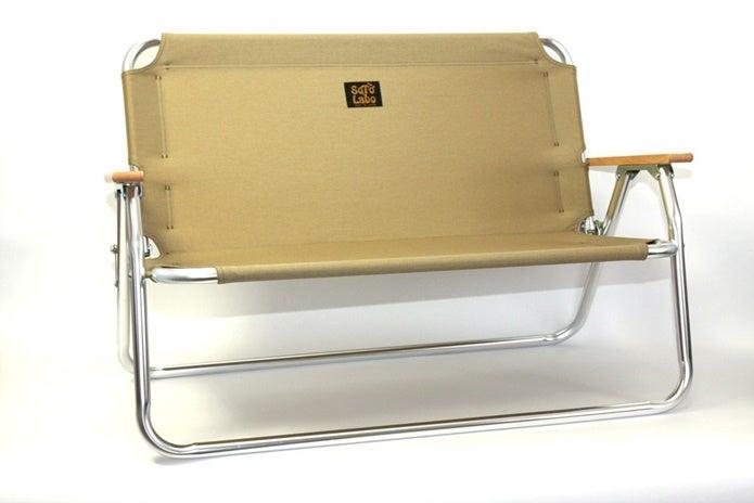 ソトラボのベンチ