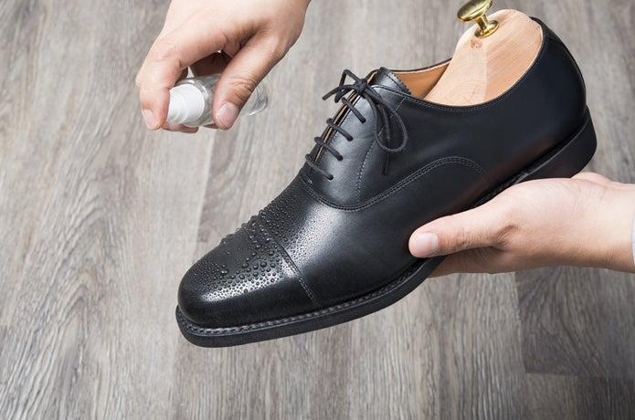 革靴に防水スプレーを使う