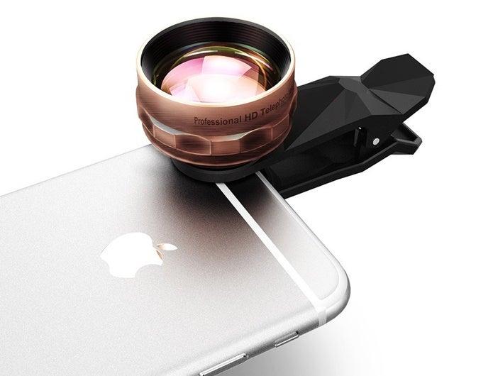 iphone用の望遠レンズをつける