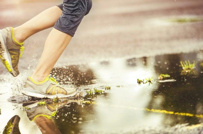 靴乾燥機なら濡れた靴を乾かせる