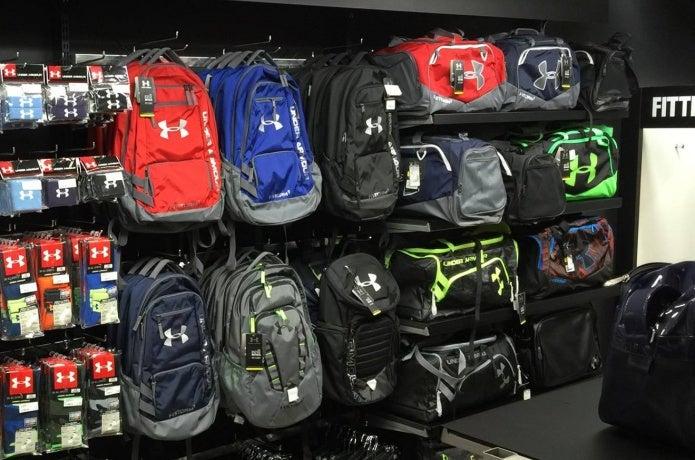 アンダーアーマーのバッグで快適なスポーツを!