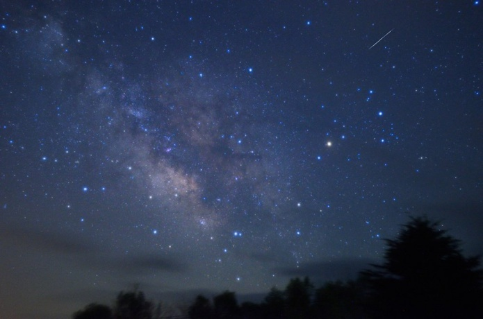 ビクセンの望遠鏡でのぞく星空