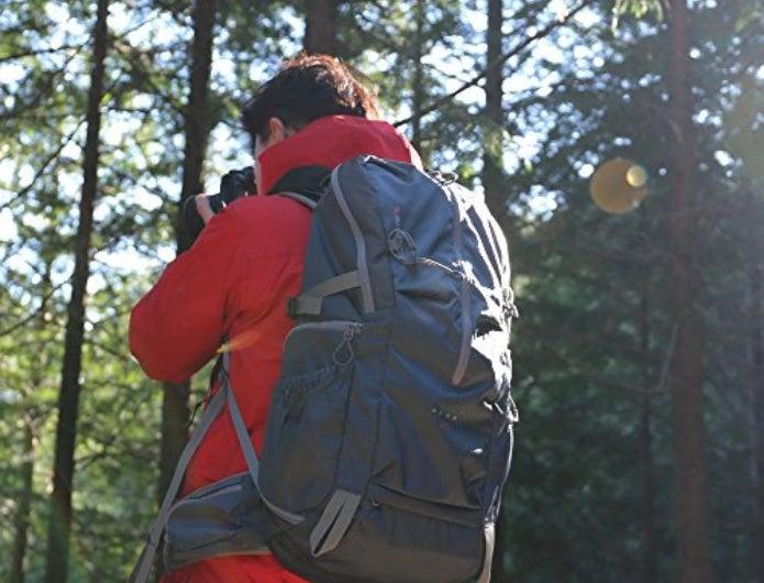 カメラリュックを登山で使用する