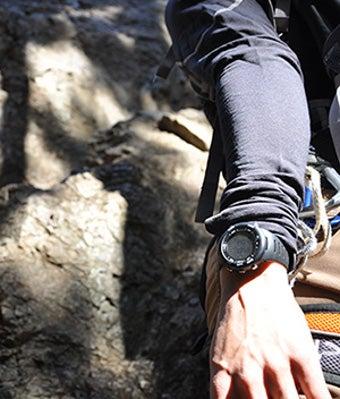 バリゴの腕時計をつけた人