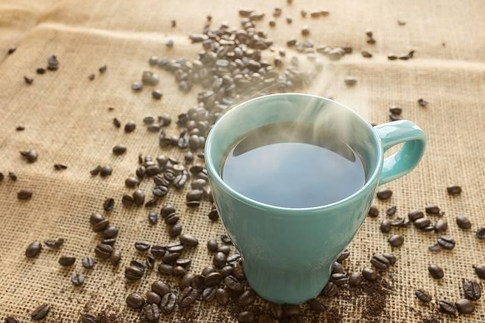 コーヒーを水筒に入れるときの入れ方を工夫しよう