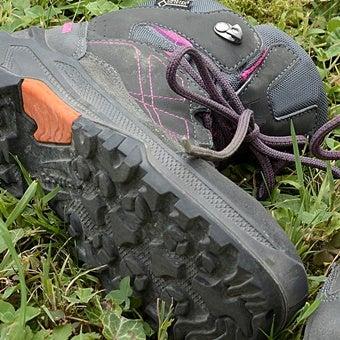 登山靴のソール部分の画像