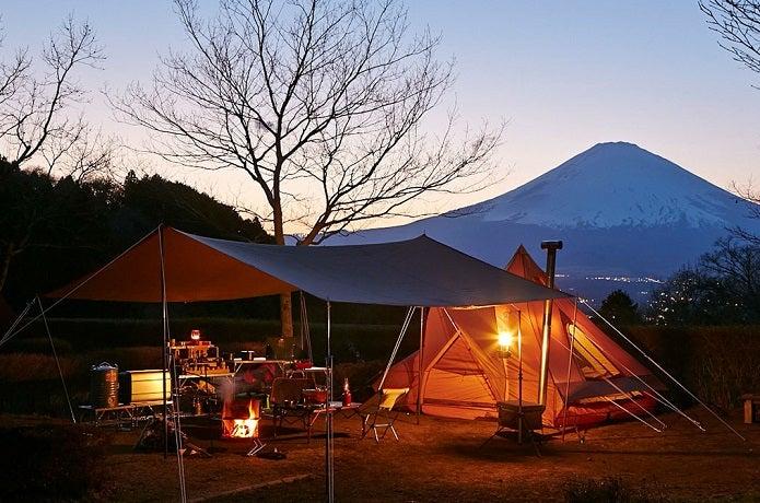 テンマクデザインの焚き火タープ