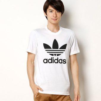 adidasTシャツは1枚でおしゃれ!