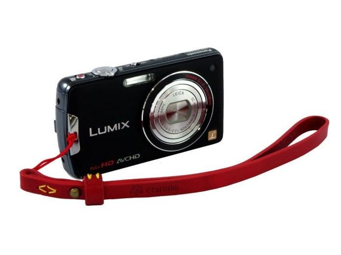 コンパクトカメラ用のカメラストラップおすすめ紹介