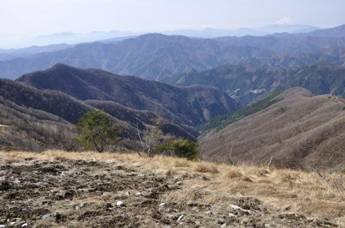 日原鍾乳洞周辺の登山コース鷹ノ巣山