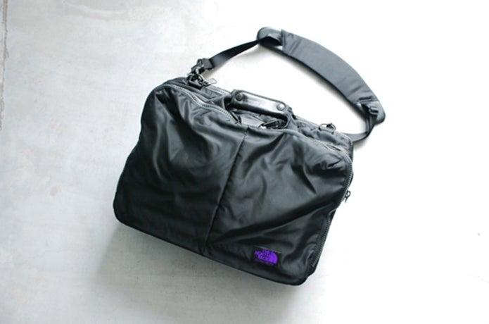 ノースフェイスパープルレーベルのバッグ