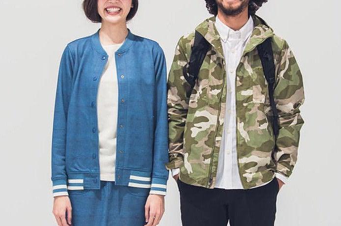 コロンビアのジャケットを着た男女