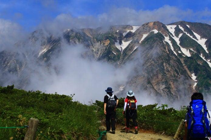 初心者の登山服装選びについて
