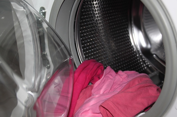 洗濯をしている写真