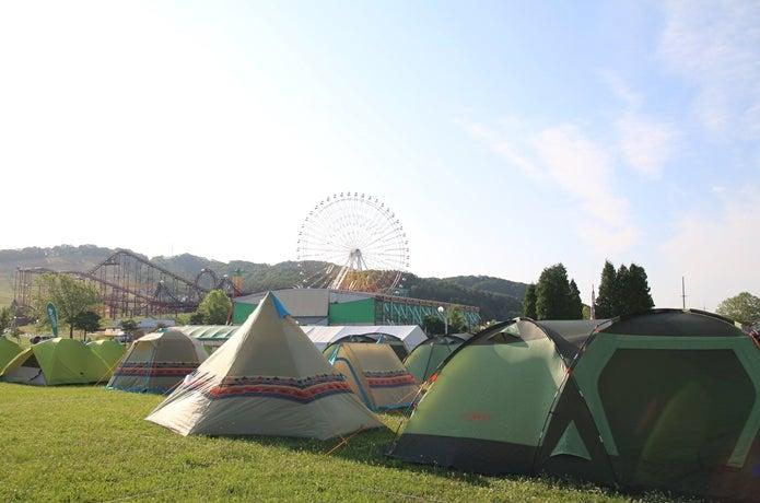 ロゴスのテントが使用されている画像
