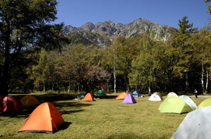 テント場はプライベートを保てる