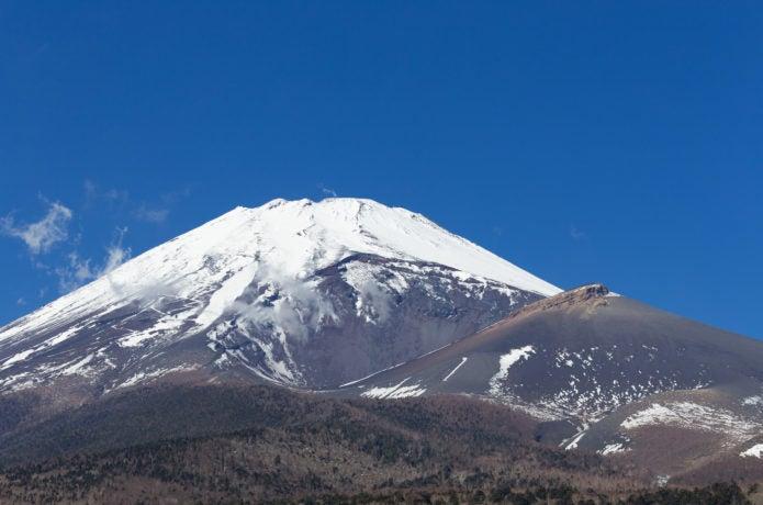 富士山の宝永火口側の画像
