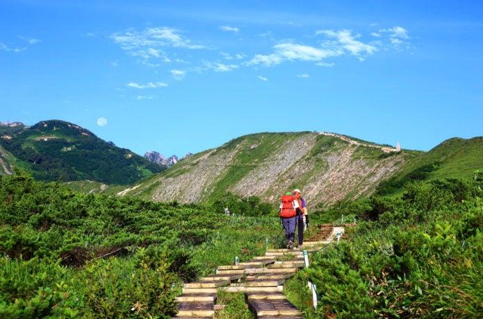 五竜岳登山に向かう人