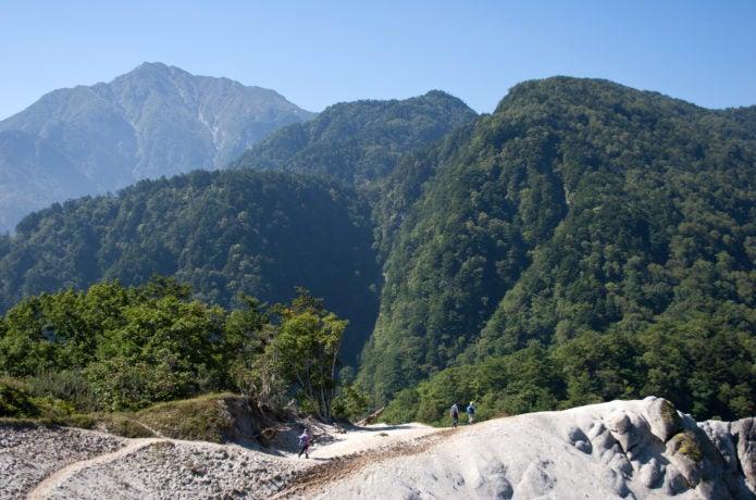 日向山から見える甲斐駒ケ岳の画像