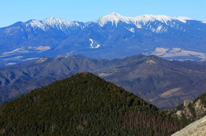 八ヶ岳と飯盛山の画像