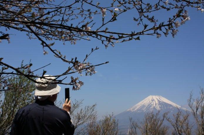 越前岳から見る富士山