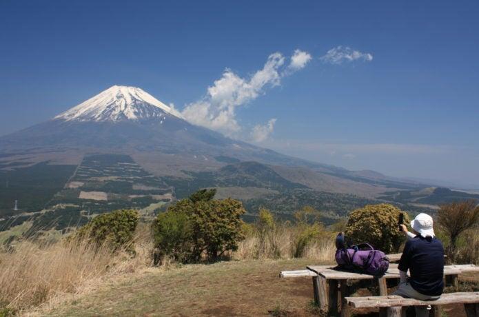 越前岳頂上からの富士山