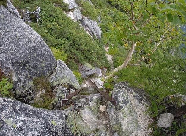 丸山新道の岩場