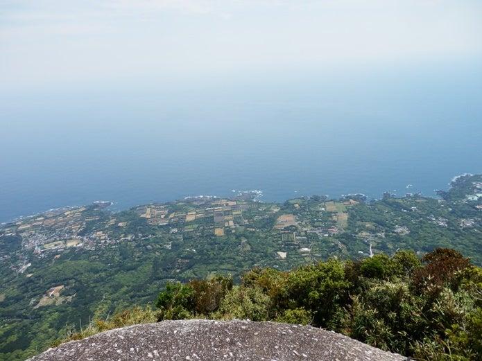モッチョム岳からの海の眺め