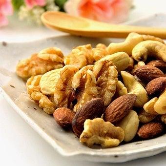 非常食のミックスナッツ