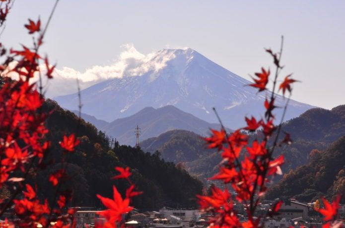 中央道大月駅から行ける岩殿山の紅葉