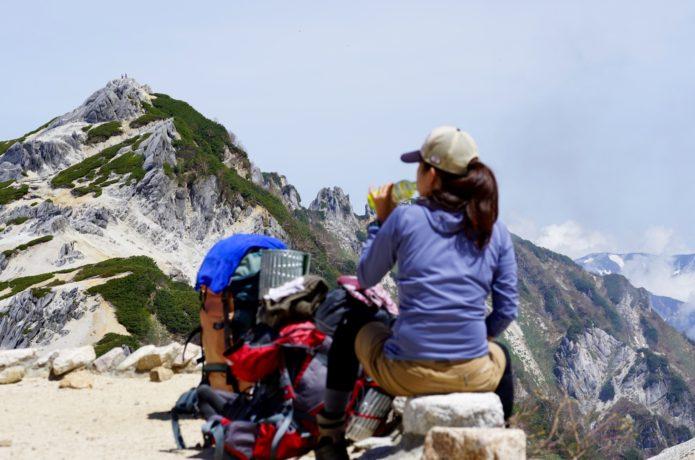 燕岳の登山者
