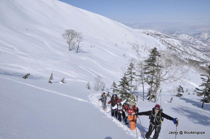 至仏山でのバックカントリー