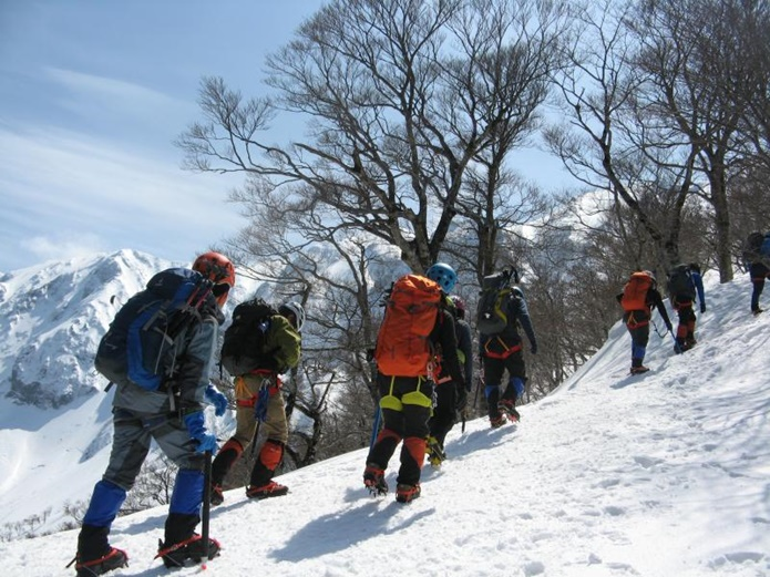 好日山荘の雪山登山講習会