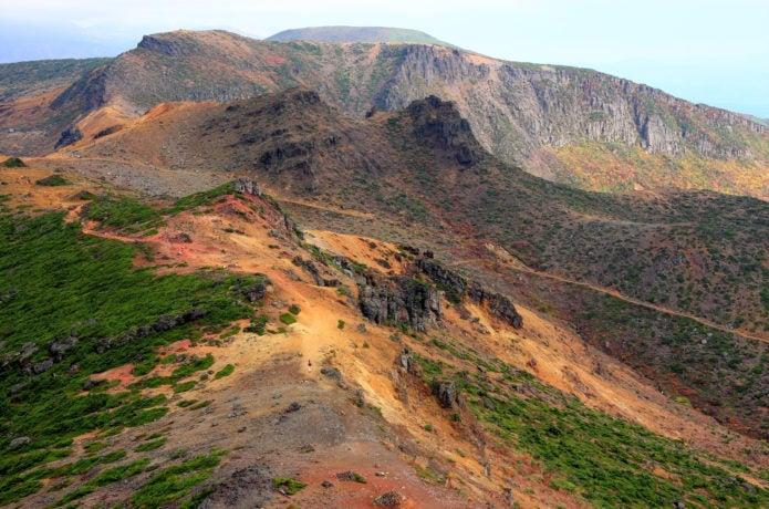 安達太良山から見た鉄山