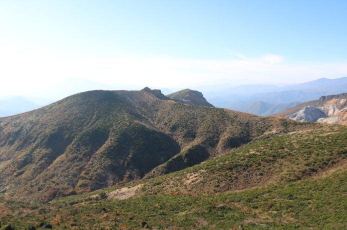 安達太良山から見る箕輪山