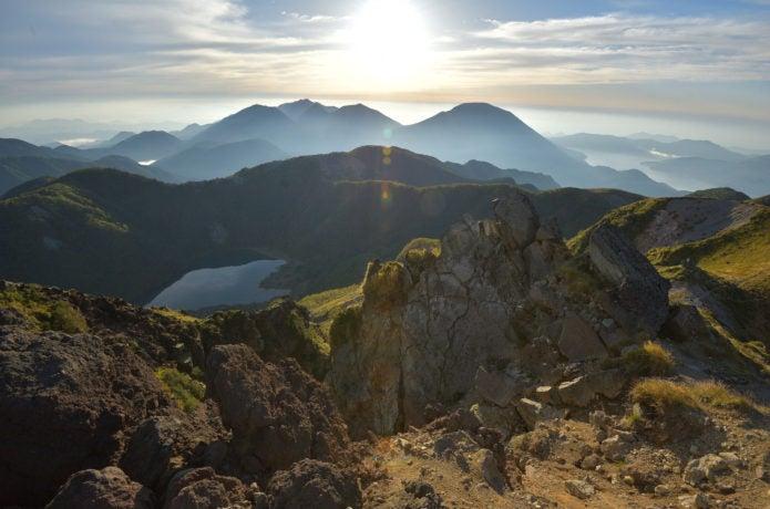 白根山山頂から見た景色