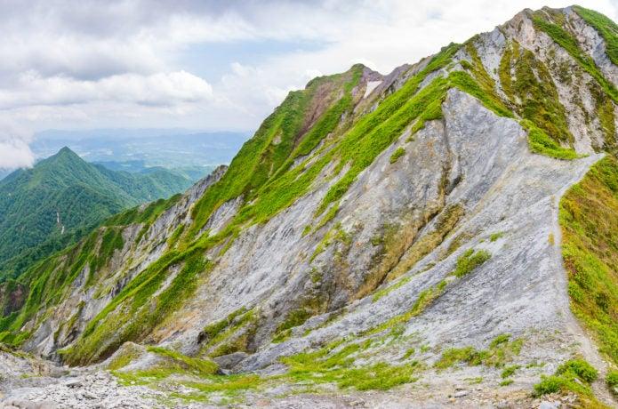 大山の岩稜地帯